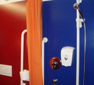Dusche ohne Duschwanne Hotel Cube Savognin