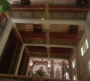 Treppenaufgang Hotel Sacher