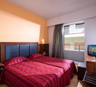 Twin standard room Hotel Marin Dream