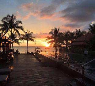 Sonnenuntergang Hotel Chong Fah Beach Resort