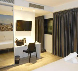 TV und Fenster Hotel Andante