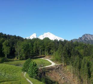 Blick auf den Watzmann Alm- & Wellnesshotel Alpenhof