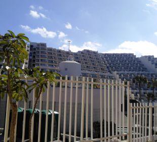 Blick aufs Nachbarhotel Hotel XQ El Palacete