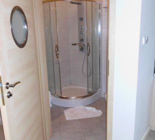 Bad mit Dusche Baltic Home Apartments