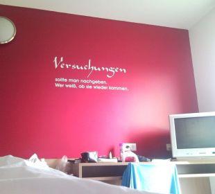 """""""Aussicht"""" vom Bett aus FairSleep Avia Motel Gmünd Mitte"""