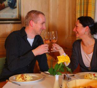 Wunderschöne Gaststuben für gemütliches Speisen die Sonnigen Hotel und Restaurant