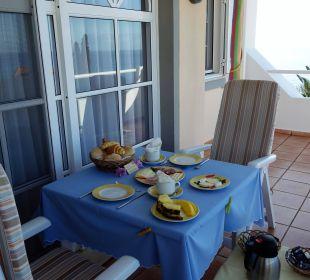 Frühstück auf der Terrasse Villa Opuntia