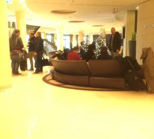 Wartebereich Hotel Dorint an der Messe Köln