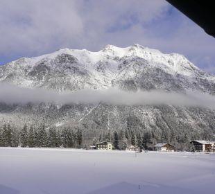 Blick von dem Balkon Alpenhotel Karwendel