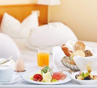 Frühstück im Bett Inselhotel Faakersee