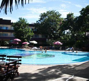 Бассейн Hotel Pattaya Garden