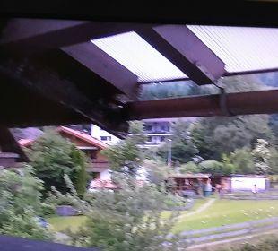 Weit überstehendes Dach Hotel Hirschbachwinkel