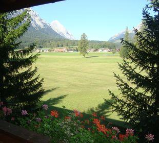 Aussicht aus dem zimmer  Alpenhotel Karwendel