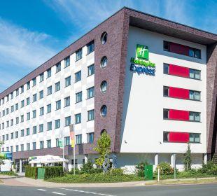 Hotelfassade Holiday Inn Express Hotel Bremen Airport