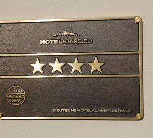 4 Sterne - völlig berechtigt Weinhaus Henninger Hotel