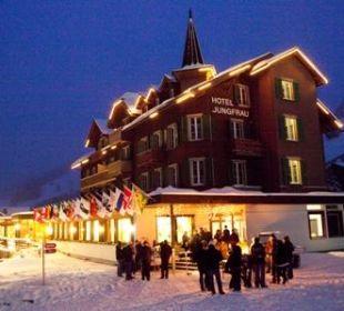 Winterbild Hotel Jungfrau