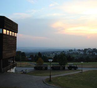 Ausblick am Abend IFA Schöneck Hotel & Ferienpark