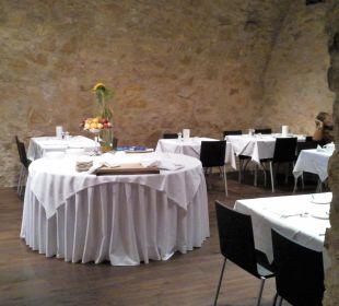 Frühstücksbuffet im Gewölbekeller Hotel Basel