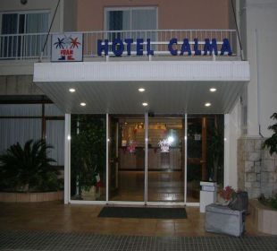 Eingang vom Hotel Calma Hotel Calma