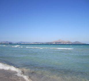 Türkisblaues Wasser Hotel Playa Esperanza