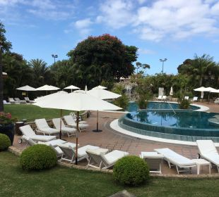 Whirlpool und Pool vor dem Spa Hotel Botanico