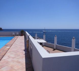 "Links der ""vordere Pool"" JS Hotel Cape Colom"