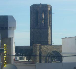 Ausblick auf die Basilica Santa Maria del Pi NH Barcelona Centro