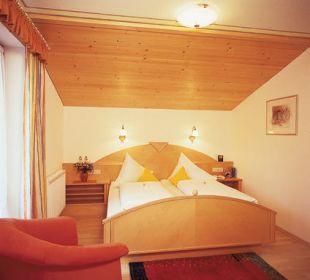 Schlafzimmer Appartement Seefeld Leutasch Karoline Landhaus Karoline Wohlfühl-Ferienwohnungen