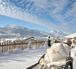 Blick in die verschneite Winterlandschaftj Ferienwohnungen Neumaier
