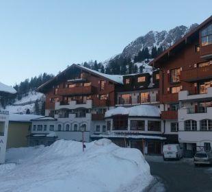Ansicht von der Tiefgarageneinfahrt Hotel Schneider