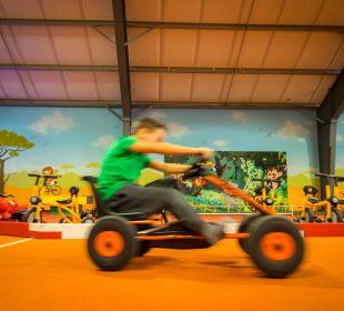 Kartbahn im Kinderfunpark Thermenhotel Kurz
