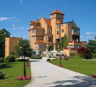 Außenansicht Hotel Schloss Mönchstein