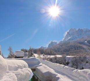 Blick Winter Dolomiten Biovita Hotel Alpi