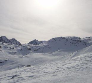 Alpine Touring Skiing Hotel Reine Victoria by Laudinella