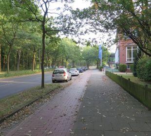 Straße vor Hotel Hotel Munte am Stadtwald - Ringhotel