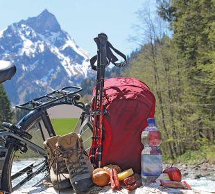 Gefüllter Brotzeit-Rucksack für Wanderung & Bike Die Gams Hotel - Resort