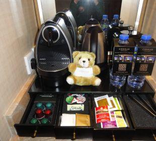 Кофе и чай Hotel Conrad Hong Kong