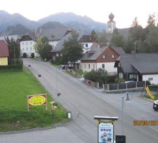 Zimmerausblick zum Dorf Hotel Lanz