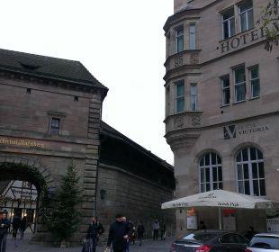 Außenansicht des Hotels (Dez. 15) Hotel Victoria Nürnberg