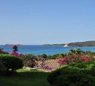 Aussicht von der Terrasse aufs Meer Hotel Residence Fenicia