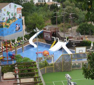 Piratenpool von oben Hotel Viva Tropic
