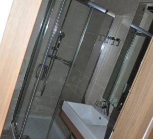 Sehr kleines Badezimmer Hotel Urbani Ossiacher See
