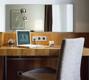 Guest Room K+K Hotel Maria Theresia