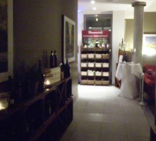 Weg zur Bar & Restaurant arcona Hotel am Havelufer