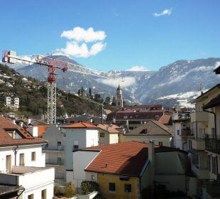 Blick von Zimmer 314 nach Norden auf die Pfarrkirche Hotel Europa Splendid