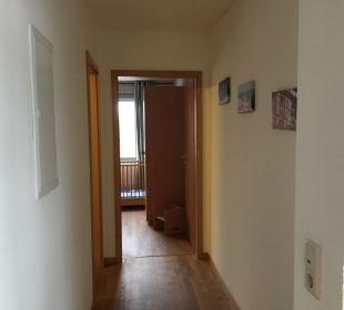 Flur zum Kinderzimmer und Bad Zimmer 201 Familotel Family Club Harz