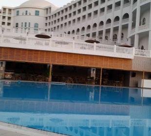 Blick zur Poolbar Hotel Defne Defnem