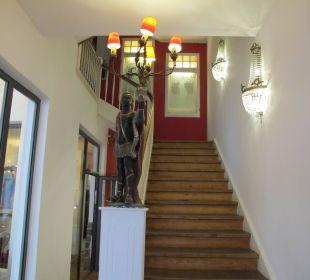Treppe, es gab auch ein Aufzug Hotel The Medusa