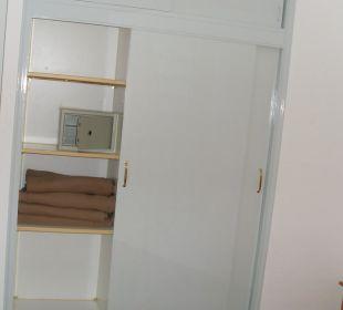 Einbauschrank im Schlafzimmer Hotel Jable