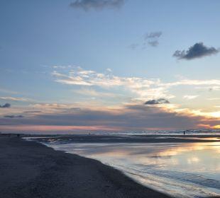 Sonnenuntergang Strandhotel Kurhaus Juist